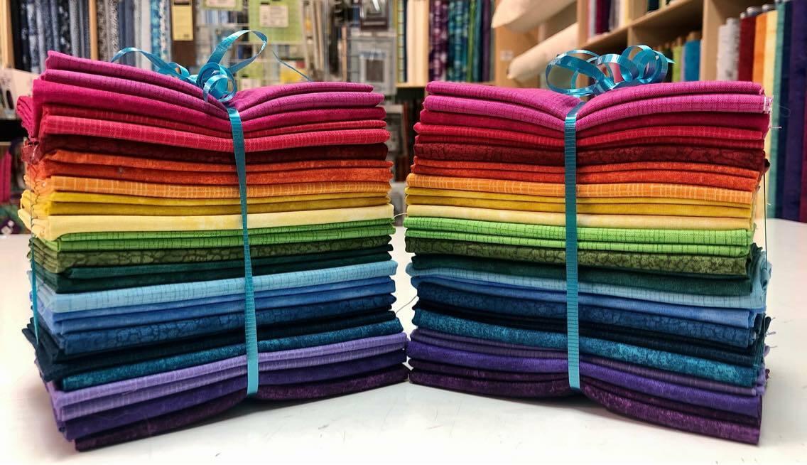 FiberLilly 2021 Temperature Quilt Fat Quarter Bundle - Northcott Fabrics 57027