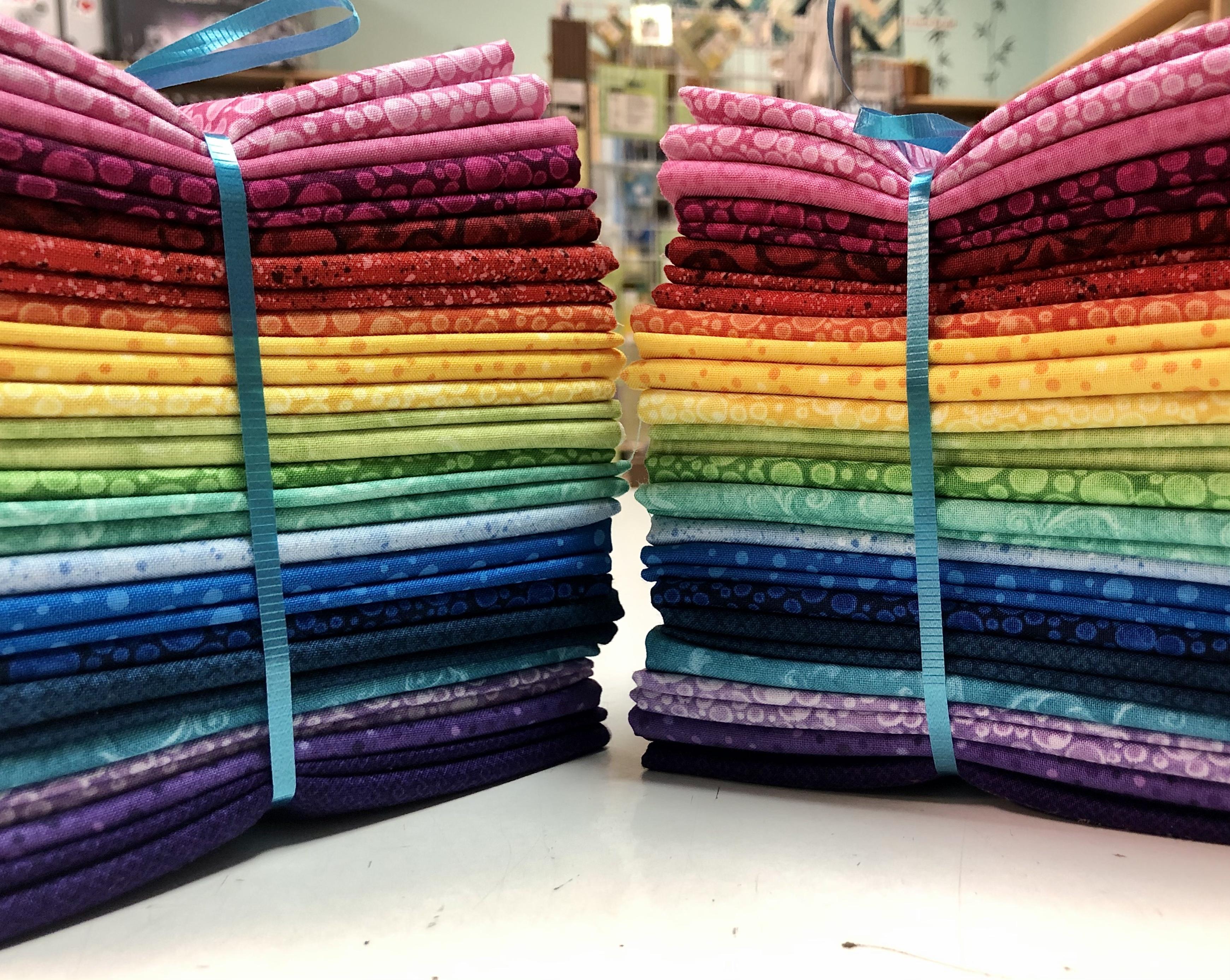 FiberLilly 2021 Temperature Quilt Fat Quarter Bundle - Wilmington Fabrics 57028