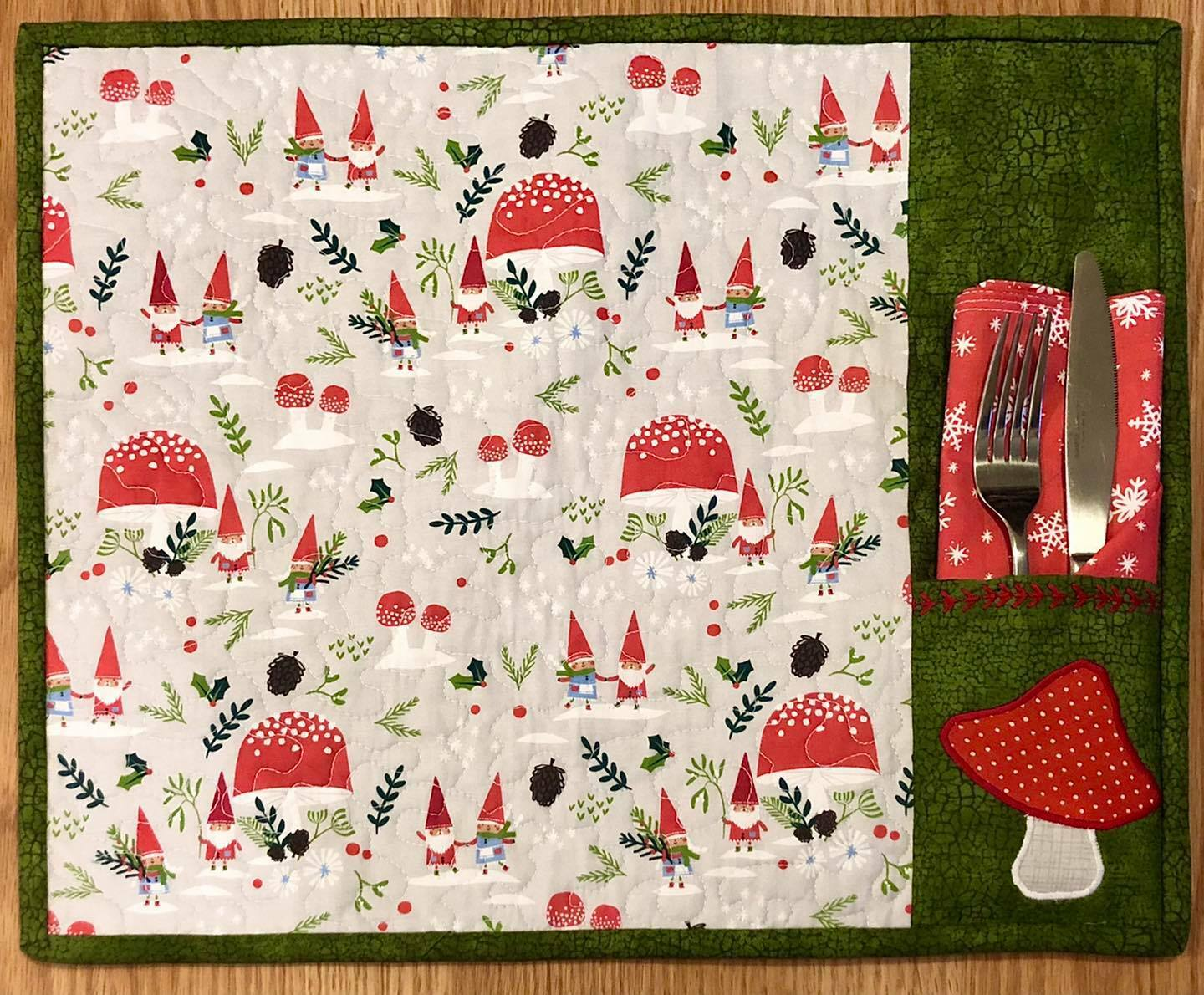 Placemats with Pocket - ONLINE CLASS 57610