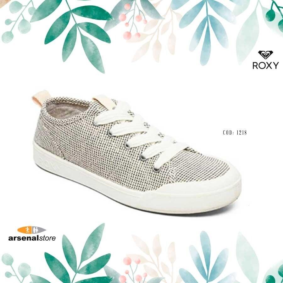 Thalia Shoes Roxy