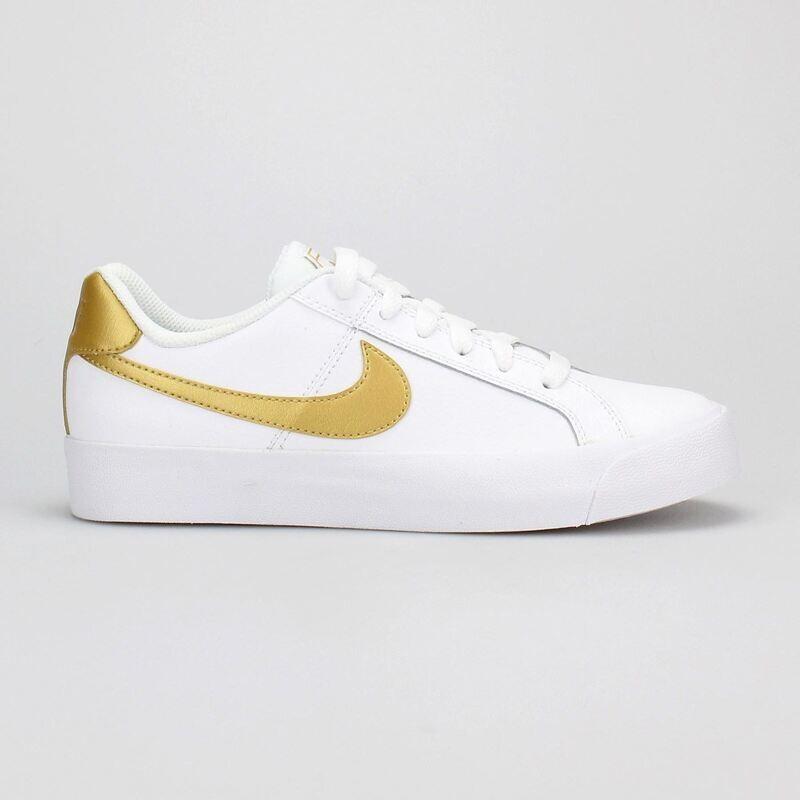 Tenis Nike Court Royal