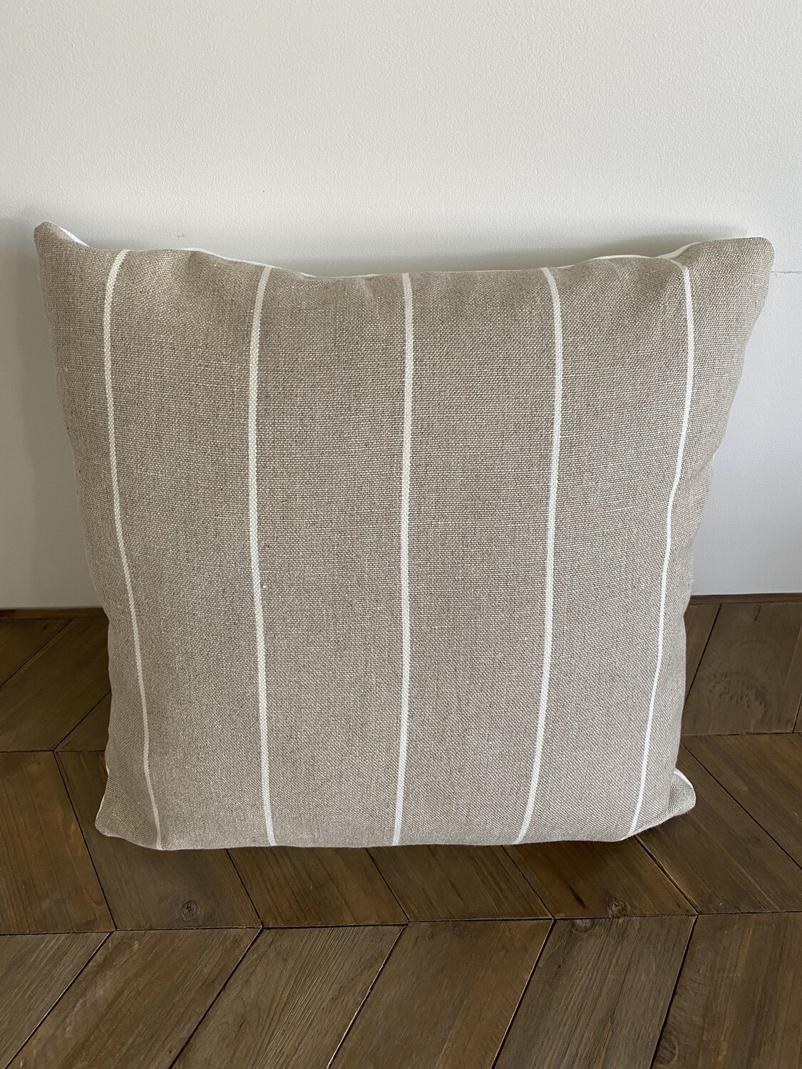 Linen cushion with white stripe and backing