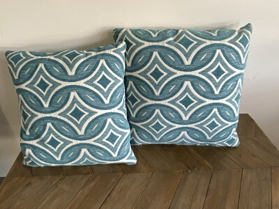 Geometric print scatter cushions