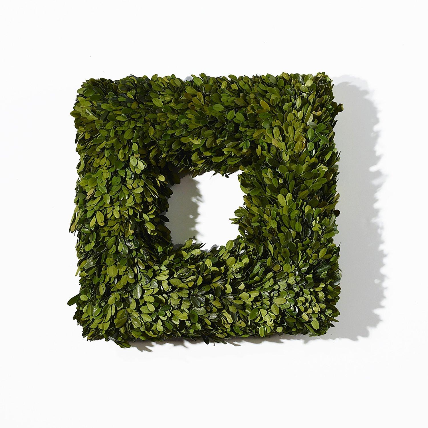 Boxwood Wreath Square - Small