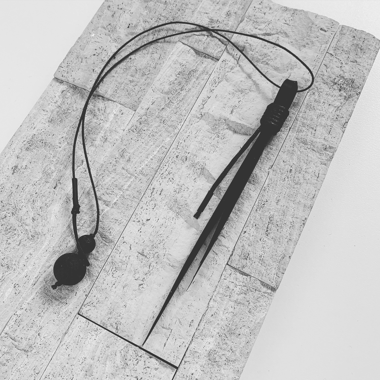 Thorn Necklace tl