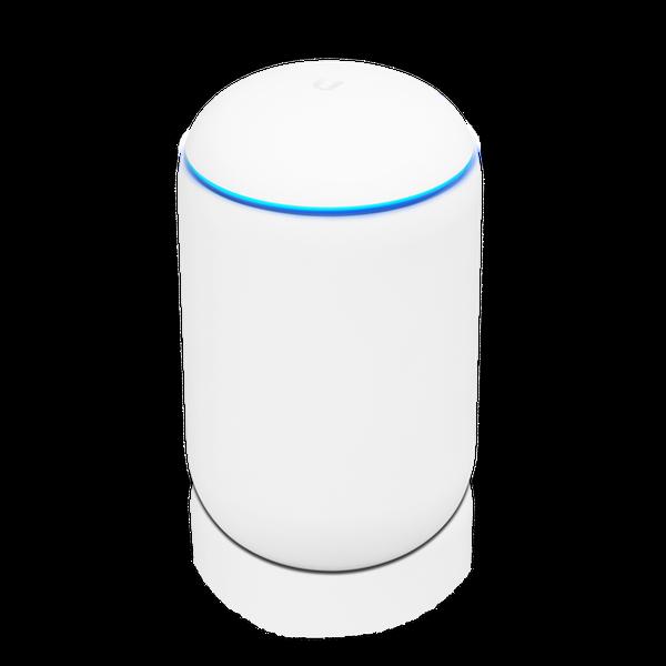 Ubiquity UniFi Dream Machine Alt-i-ett-ruter med UniFi nettverkskontroller