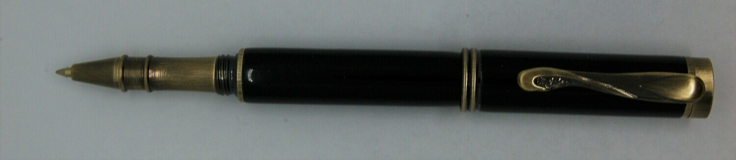 Art Deco 2.0  Rollerball - Body color is black resin.
