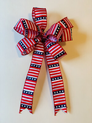 Patriotic Stars and Stripes Traditional Red White Blue Wreath Bow Candle Decoration A Touch of Faith