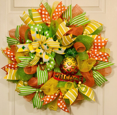 PinePineapple Decor, Pineapple Wreath, Welcome Summer Wreath, Yellow Wreath for Front Decor, A Touch of Faith