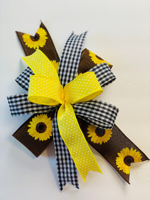Sunflower Accent Bow