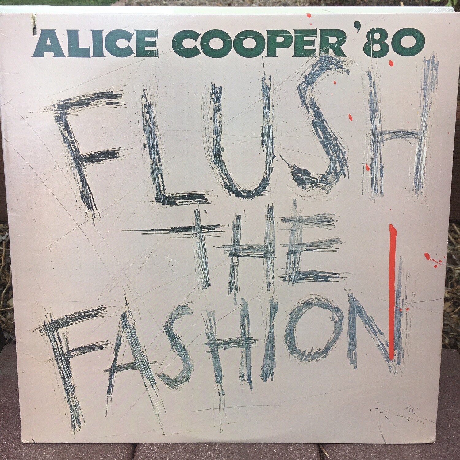 Alice Cooper ~ Flush The Fashion ~ (USED) Vinyl LP ~ Original Pressing (VG+)