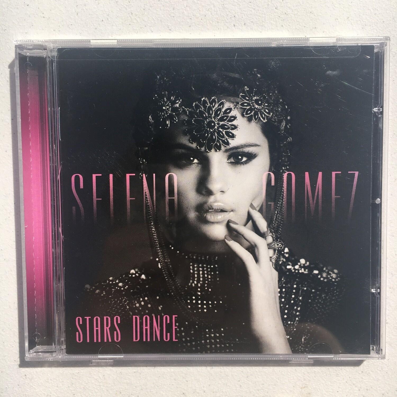 Selena Gomez ~ Stars Dance ~ (USED) CD