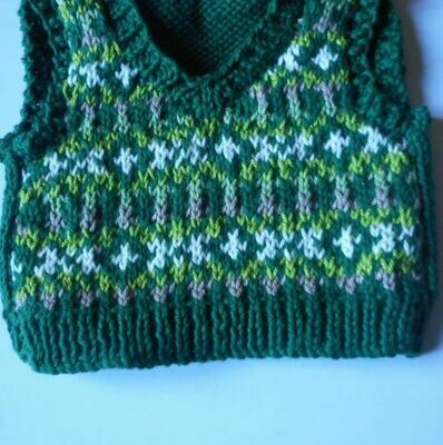 Tank top for bear - green tones