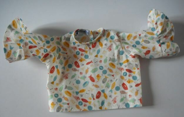 Top for doll with 3/4 length frilled sleeves in 3 colour options