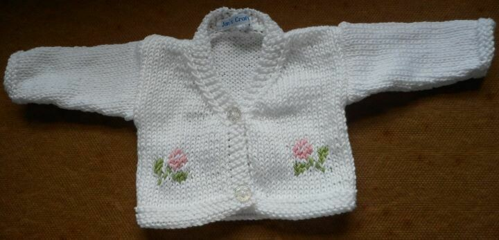 Cardigan for dolls - white with flowers, in 2 sizes