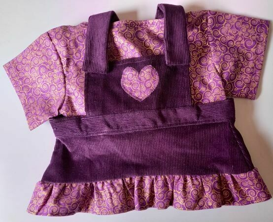 Outfit for bears: Aubergine pinafore and purple and gold top