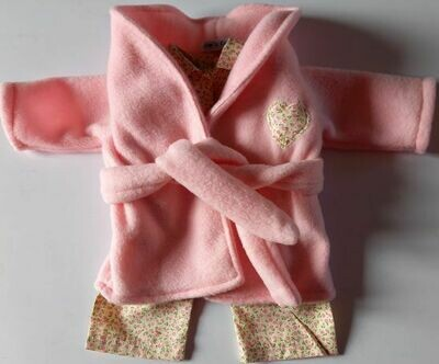 Outfit - Pink dressing gown and pyjama set