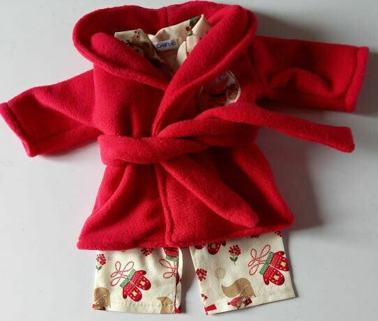 Red dressing gown and x-mas pyjama set