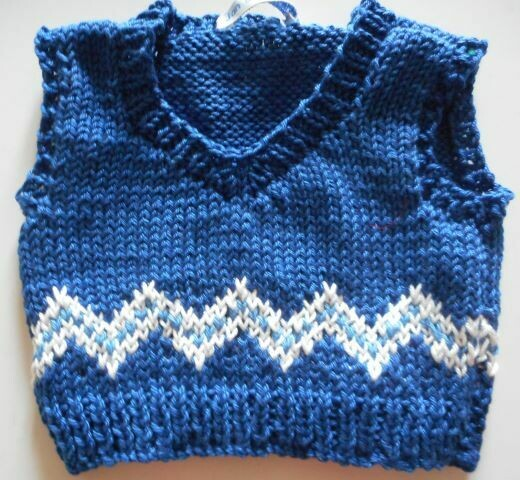Tank top for bear - blue and white