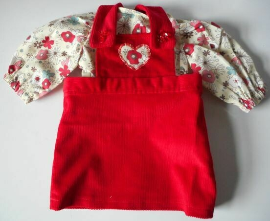 Outfit for doll - Red pinafore and top