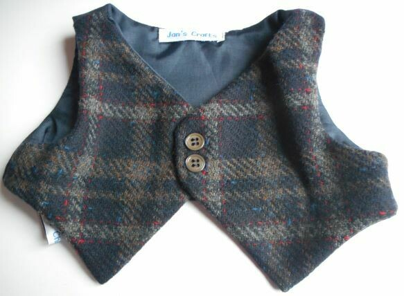 Waistcoat for bears - Dark navy check wool with plain lining