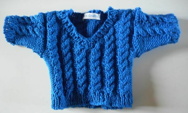 Jumper, royal blue cable v neck - bear 36cm/ 14 inches high