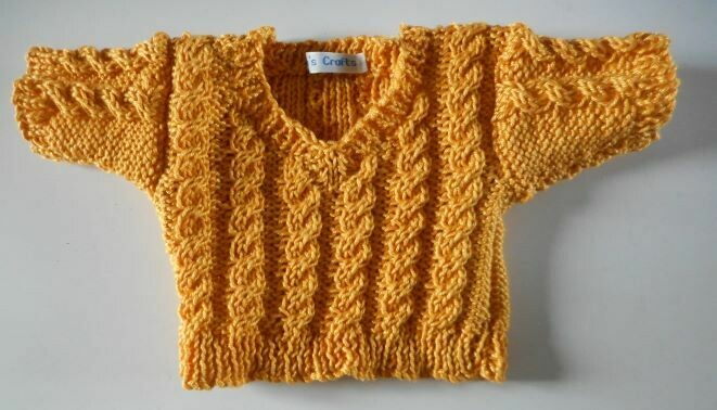 Jumper, bright gold cable v neck - bear 36cm/ 14 inches high