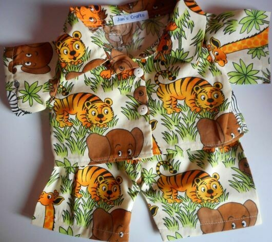 Pyjamas with collar - jungle print. NEW!