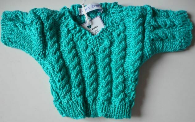 Jumper, turquoise cable v neck - bear 36cm/ 14 inches high.