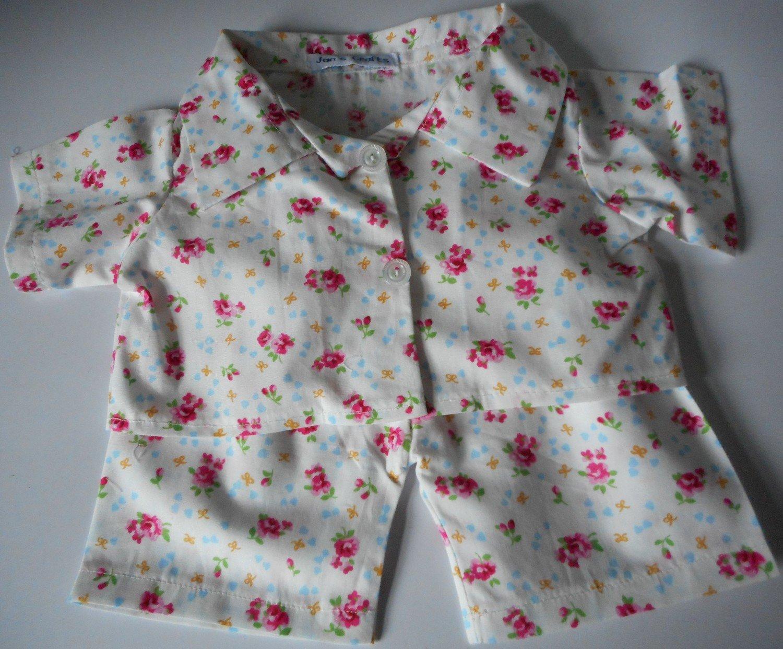 Pyjamas with collar - cream floral print, cotton
