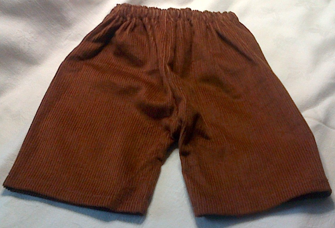 Trousers with back pockets - tan corduroy