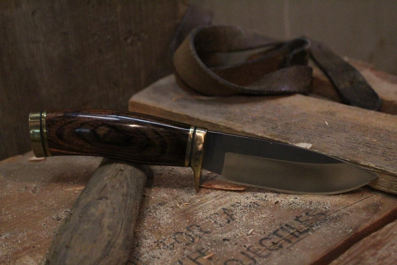 "Buck Vanguard 4.25""  Fixed Blade Knife, Walnut / Satin ( Pre Owned )"