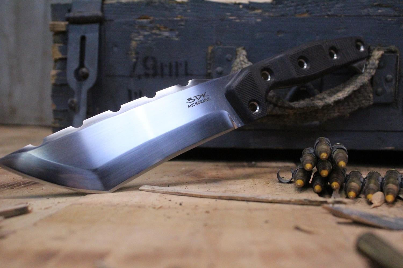 "3DK Amuk 6"" Fixed Tanto Point, K110 Blade / Black G10 handle"