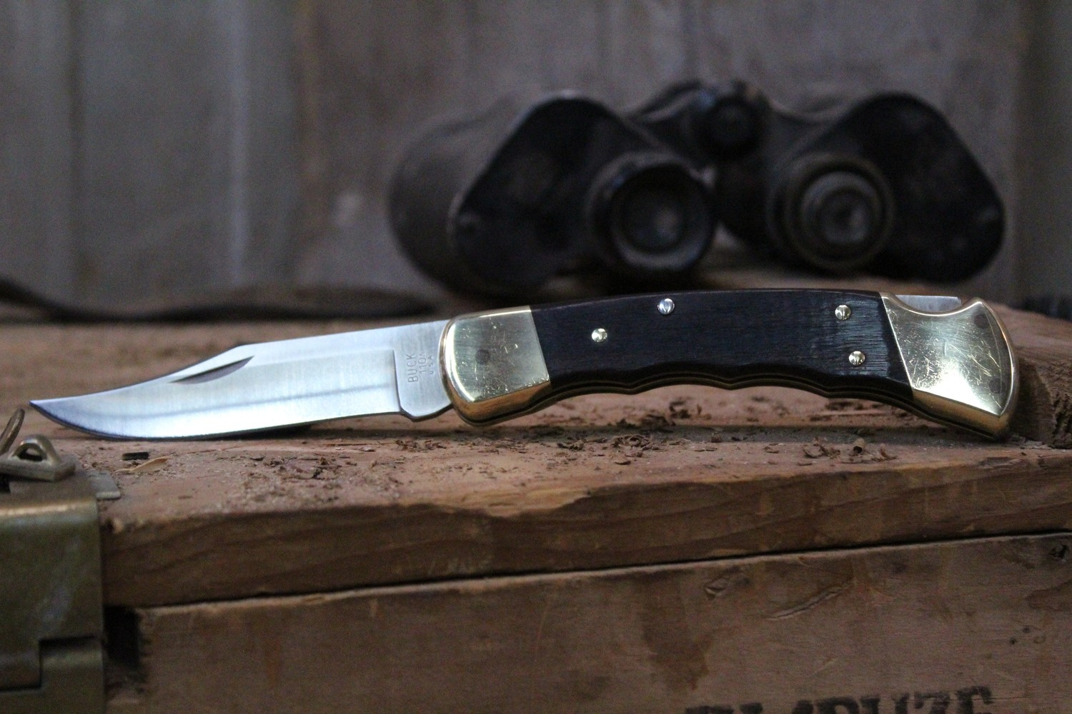 """Buck 110 3.75"""" Manual Folding Knife, Ebony With Finger Grooves / Satin ( Pre Owned )"""