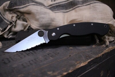 """Spyderco Classic Military 4"""" Knife, Black G-10 / Satin Serrated ( Pre Owned )"""