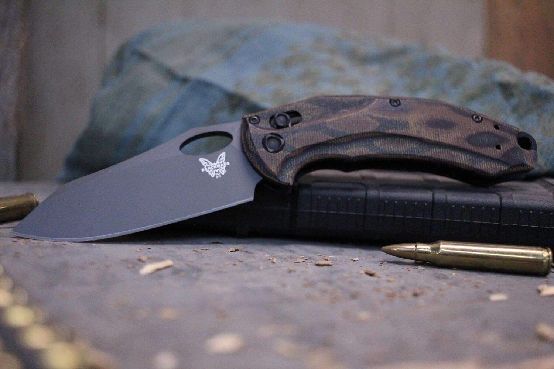 "Benchmade Mini Loco 3.38"" Limited Edition AXIS Lock Knife / Python Micarta / Gray (Discontinued)"