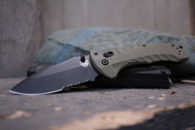 Benchmade Turret 3.7