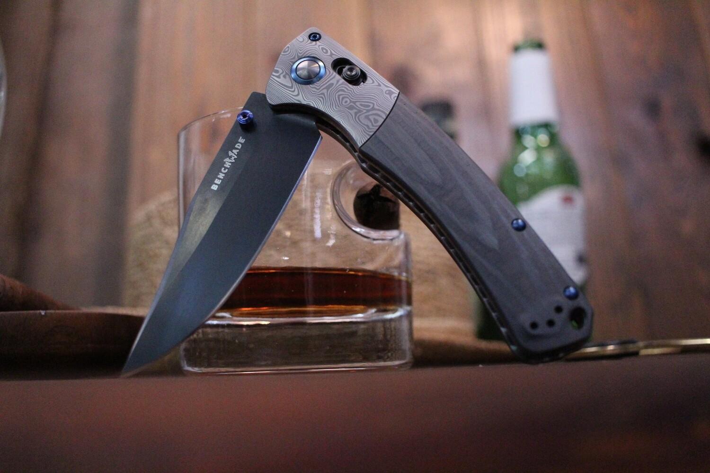 "Benchmade Crooked River 4"" Gold Class AXIS Lock Knife / Uni Directional Carbon Fiber Handle / DLC 20CV"