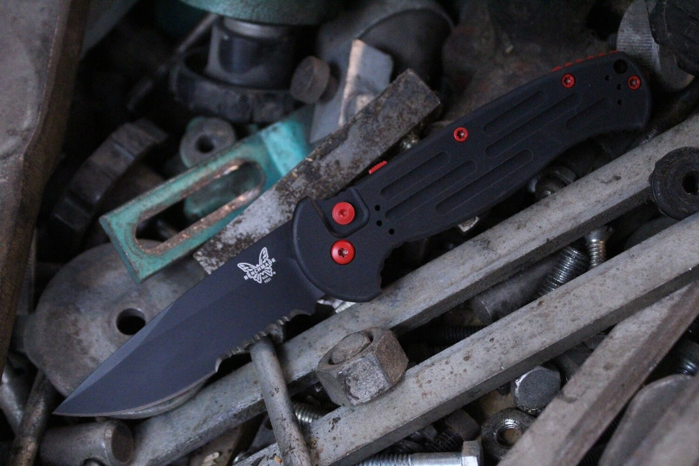 "Benchmade AFO II 3.56"" Automatic Knife / Black Serrated / Custom USMC Red Cerakote Hardware"