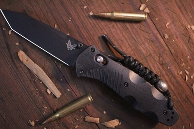 """Benchmade Barrage Tanto 3.6"""" AXIS-Assist Knife / Black / Black ( Pre Owned )"""