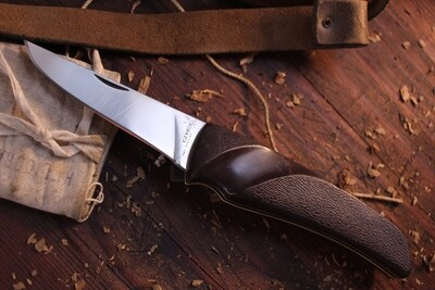 """Gerber Vintage  4"""" Classic Hunter Folding Knife, Delrin Handle / Stainless Steel ( Pre Owned )"""