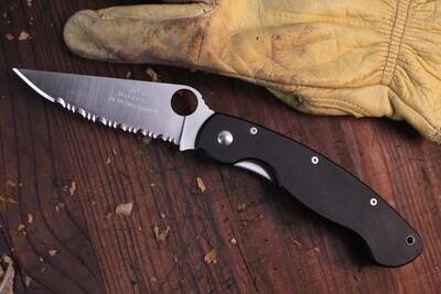 "Spyderco Classic Military 4"" Linerlock Folding Knife / Black G10 / Satin Serrated CPM-440V (Pre Owned / No Box )."