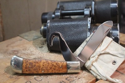 """A.G. Russell Classic 1997 3.5"""" Slip Joint Knife, Burl Wood / Spey Blade & Gut Hook"""