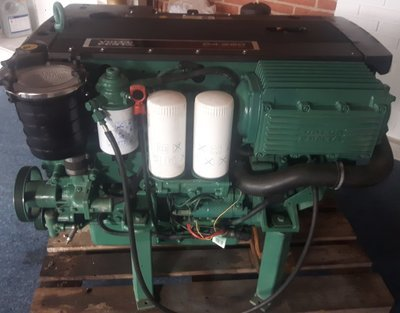 Volvo Penta D4-260 inboard diesel engine in very good condition