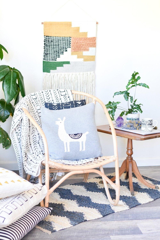llama knit pillow da9883