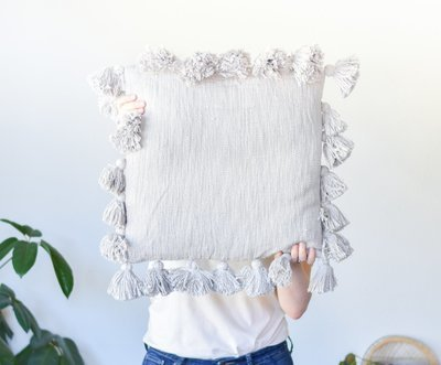 grey square tassel pillow da9947