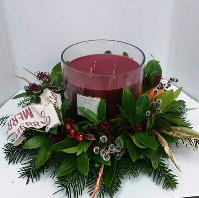 Cinnamon spice scented candle arrangement from 55 euro