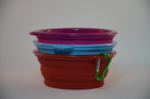 Collapsible Silicon Dog Bowl small - with clip.