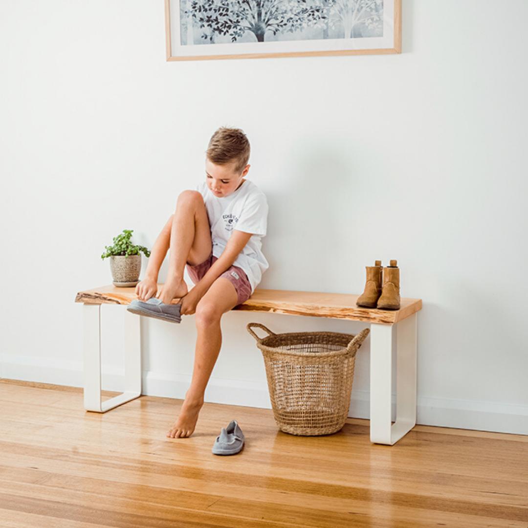 Estelle Bench Seat / Natural Edge – White Base