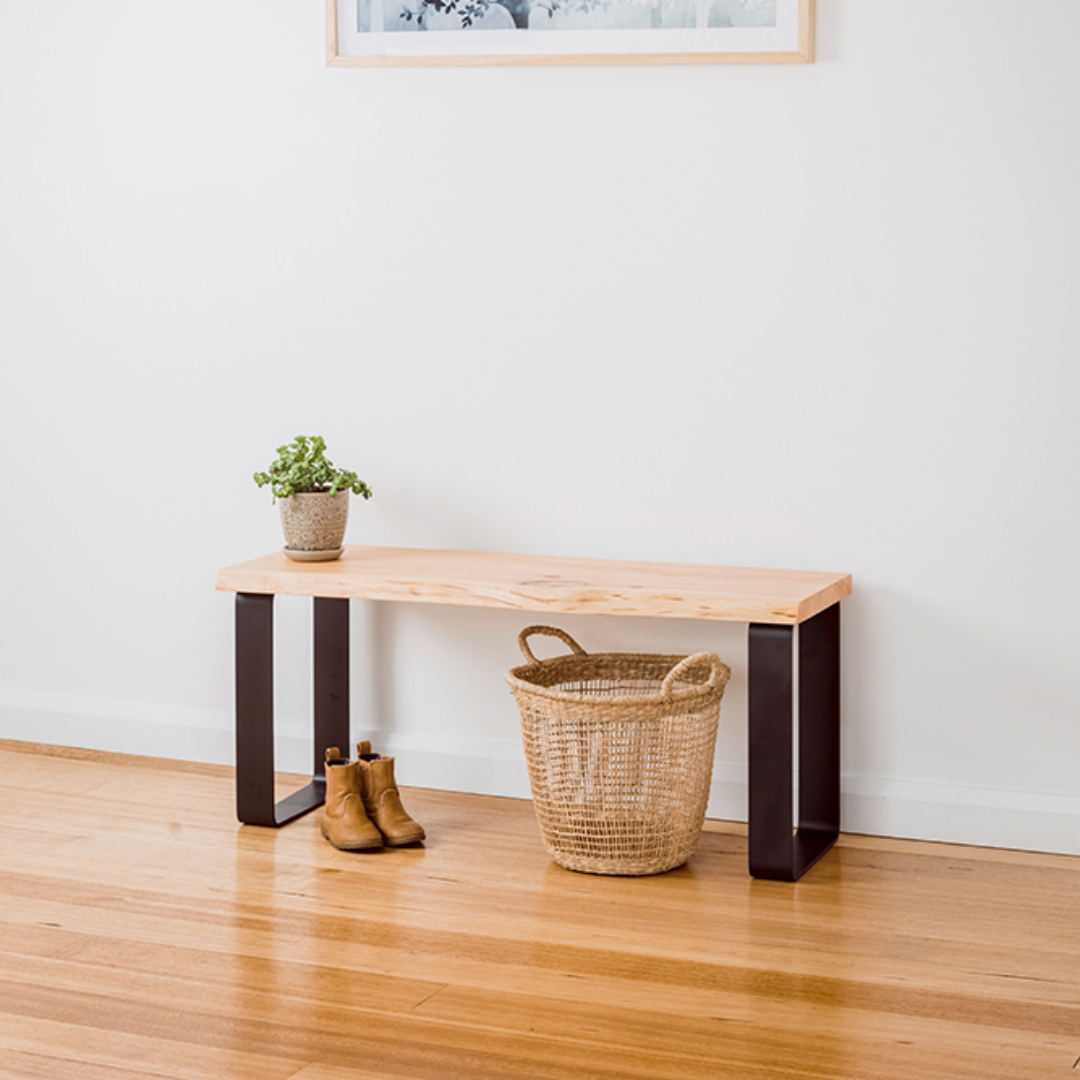 Estelle Bench Seat / Natural Edge – Black Base